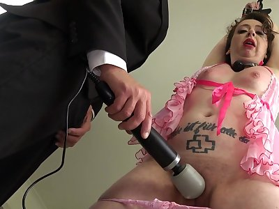 Submissive skirt ass fucked in a brutal home tryout