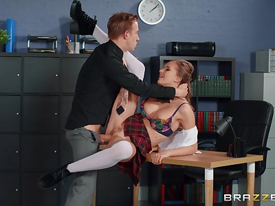 Schoolgirl fucks for better grades and does a great job