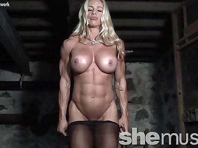 Naked Feminine Bodybuilder in Pantyhose Gets Dirty