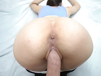 Personate sister do squats and seduced Personate brother with yoga pants