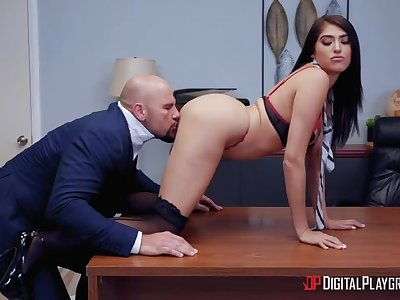 Stephanie West Takes Feedback on the top of Cheating Hubby!