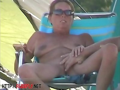 Amazing nudity be worthwhile for some babes on the beach