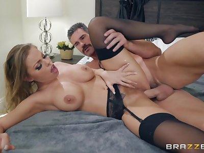 Moaning milf slut fucked in her hairy pussy