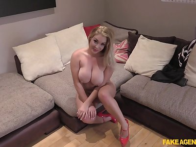 After she prepares cunt Victoria Summers is ready for  stranger's cock